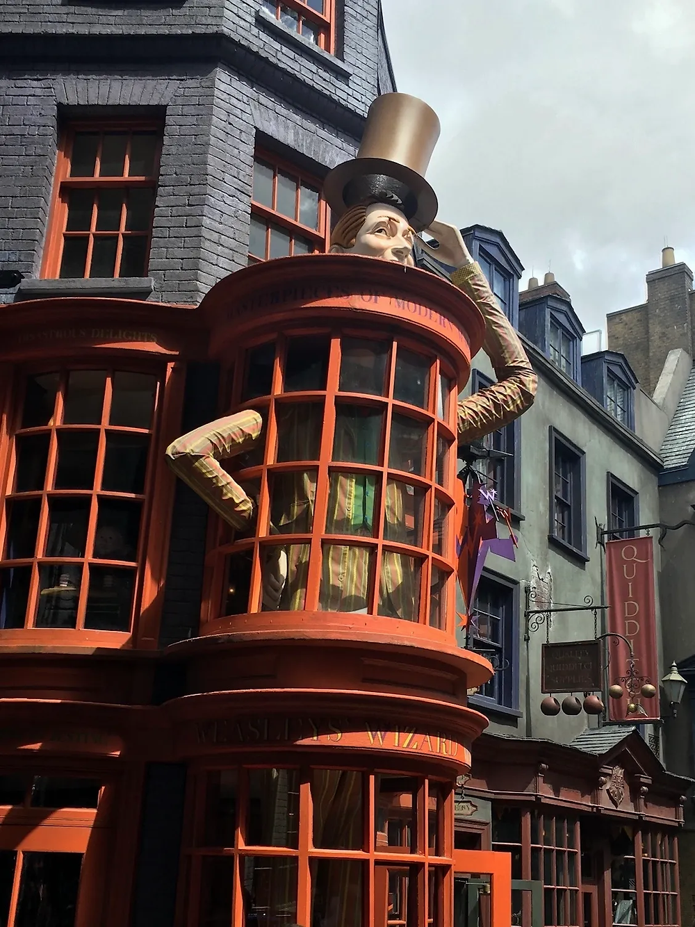 Shop window for Weazley's Wizard Wheezes shop in Diagon Alley