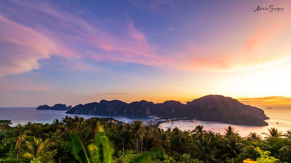 Koh Phi Phi depuis le view point [16:9]