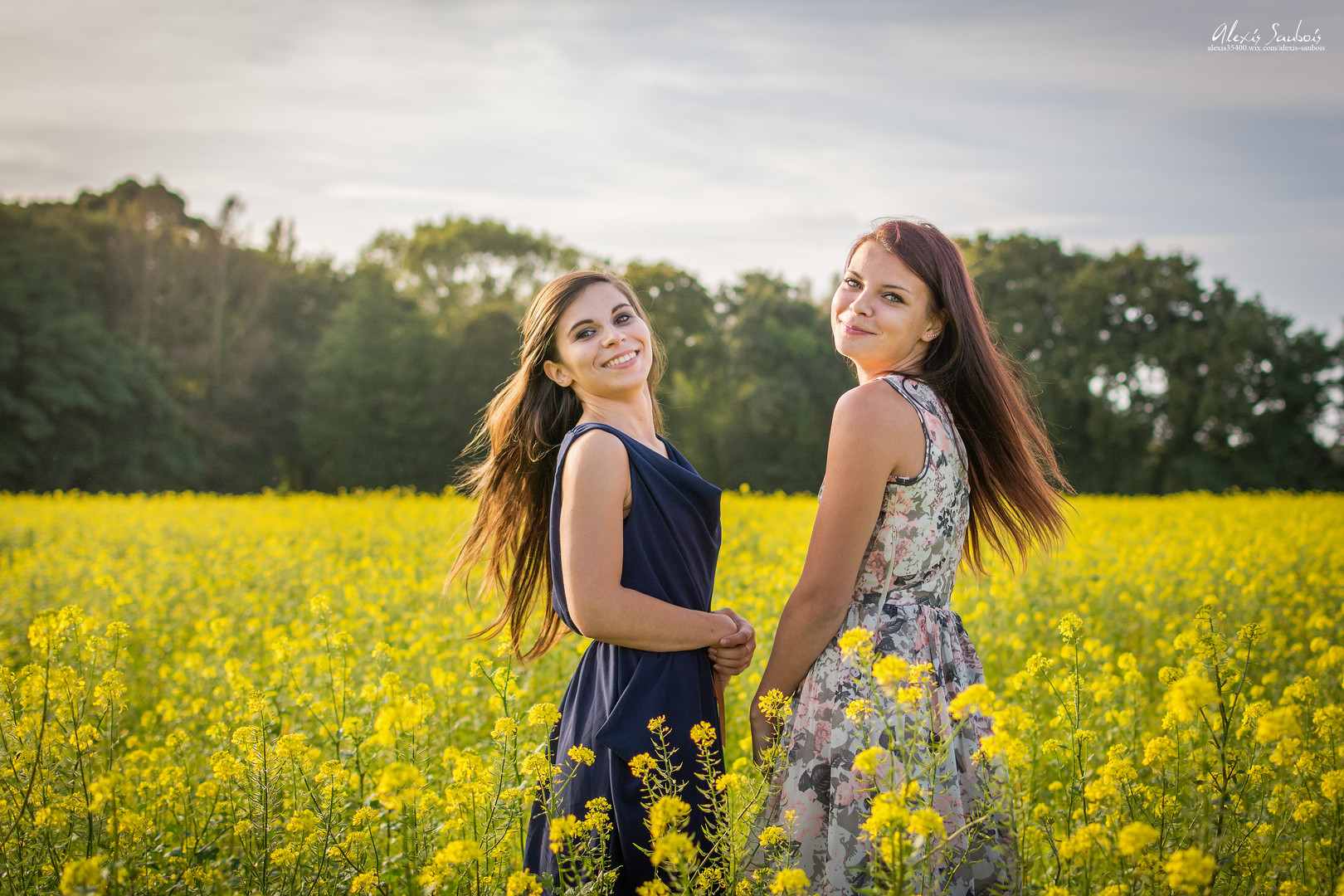 Alicia & Sarah-5.JPG