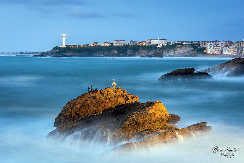 Biarritz & son Phare vu du rocher de la vierge