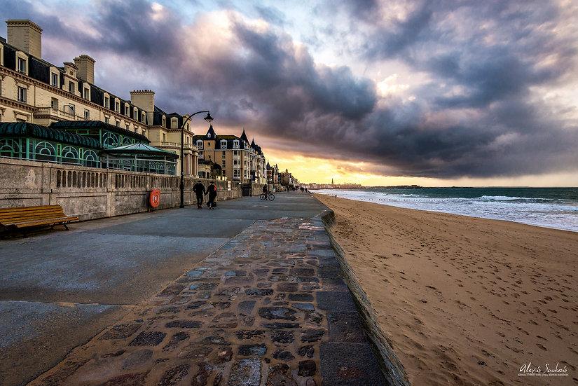 Ciel menaçant sur Saint-Malo