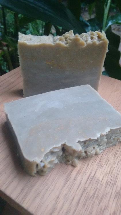 Xampunete de camomila e calêndula com manteiga de cupuaçu