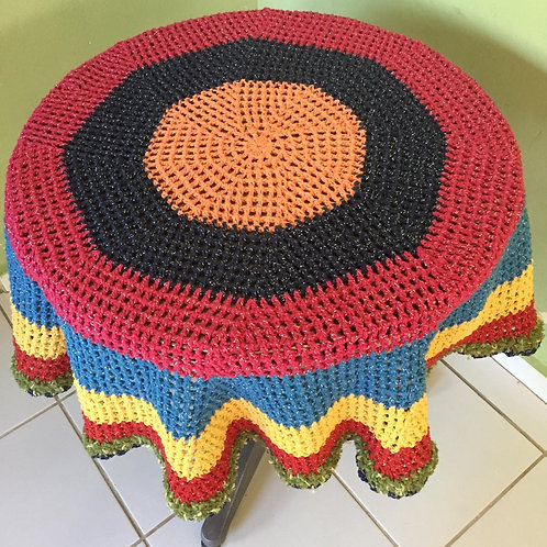 Toalha de crochê colorida