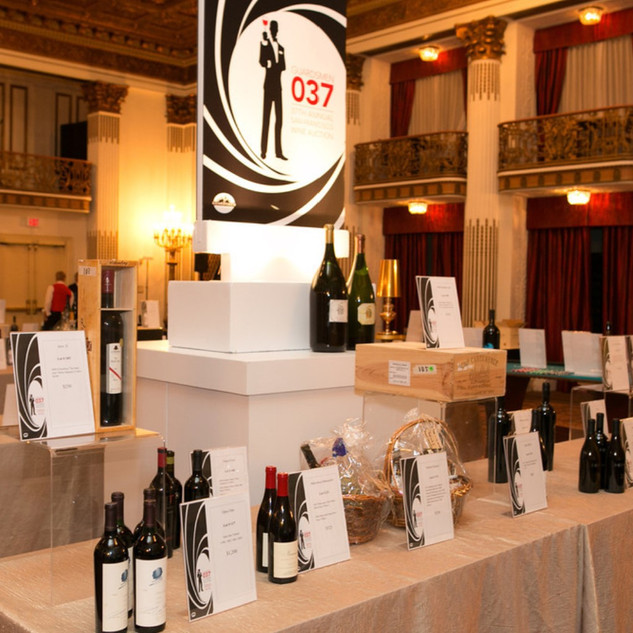 wine auction phot 2.jpg