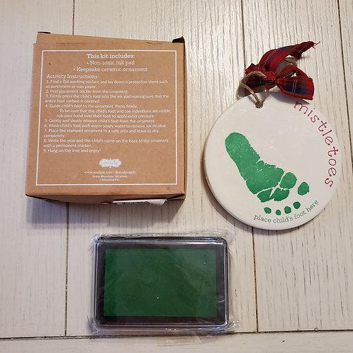 Misltetoes Foot Print Ornament Kit