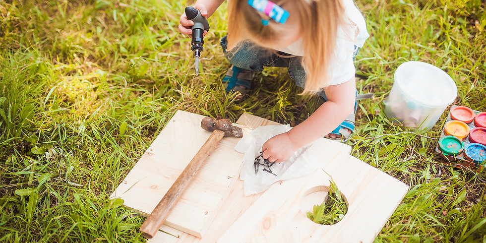 Kids Birdhouse building and painting