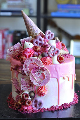 cake-URLQUBZ.jpg