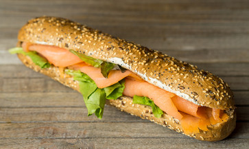 salmon-sandwich-GB8QR3X.jpg