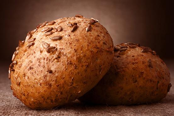 sesame-seeds-buns-UHKWAEG.jpg
