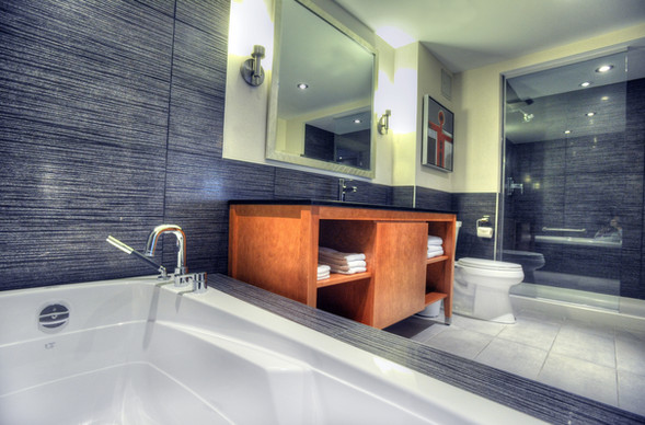 Salle de bain suite   Suite washroom