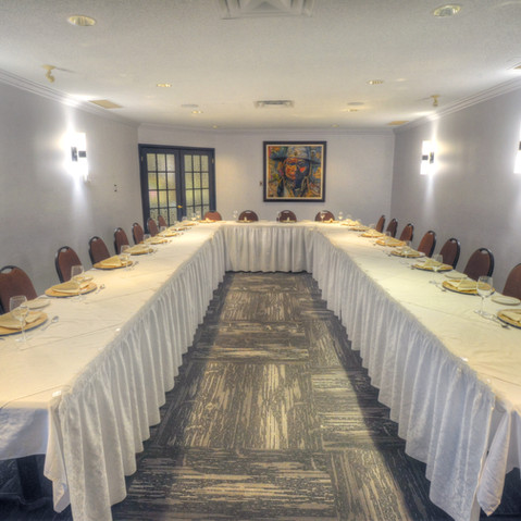 3 PRIVATES MEETING ROOMS