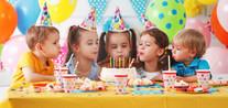 childrens-birthday-happy-kids-with-cake-