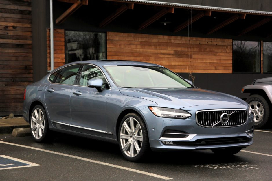 2017 Volvo S90 – Not a Volvo Fan? Prepare to Become One