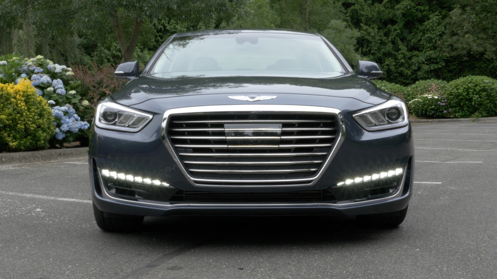 2017 Genesis G90 3.3T RWD - Is This The Korean S-Class?