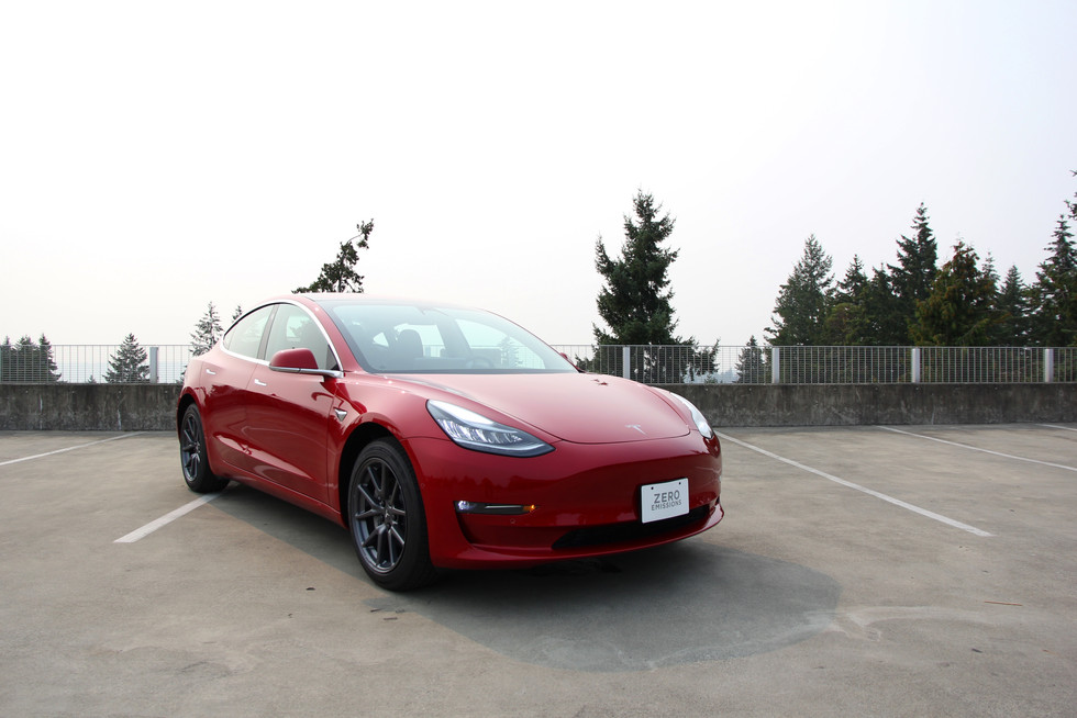 2018 Tesla Model 3 Long Range - Is It A Proper Sport Sedan?