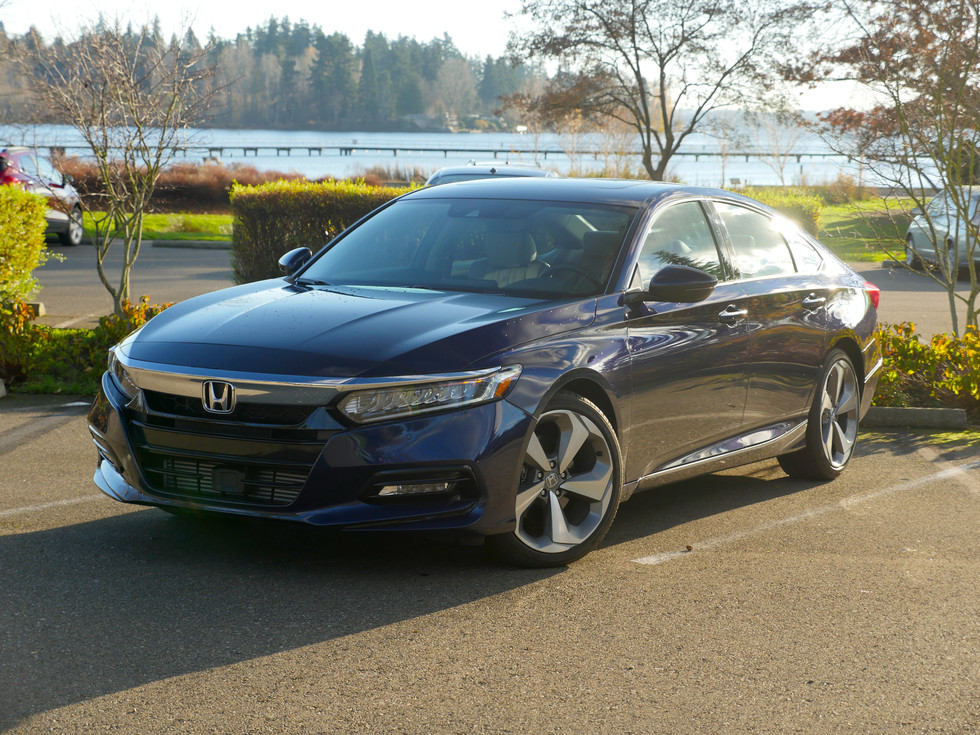 2018 Honda Accord 2.0T Touring - Still The Mid-Size Boss?