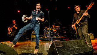 The Smithereens with Robin Wilson