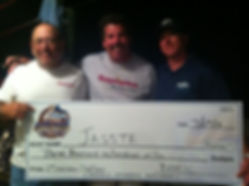 Image of Capt. Frank Crescitelli and Clients receiving tournament awards