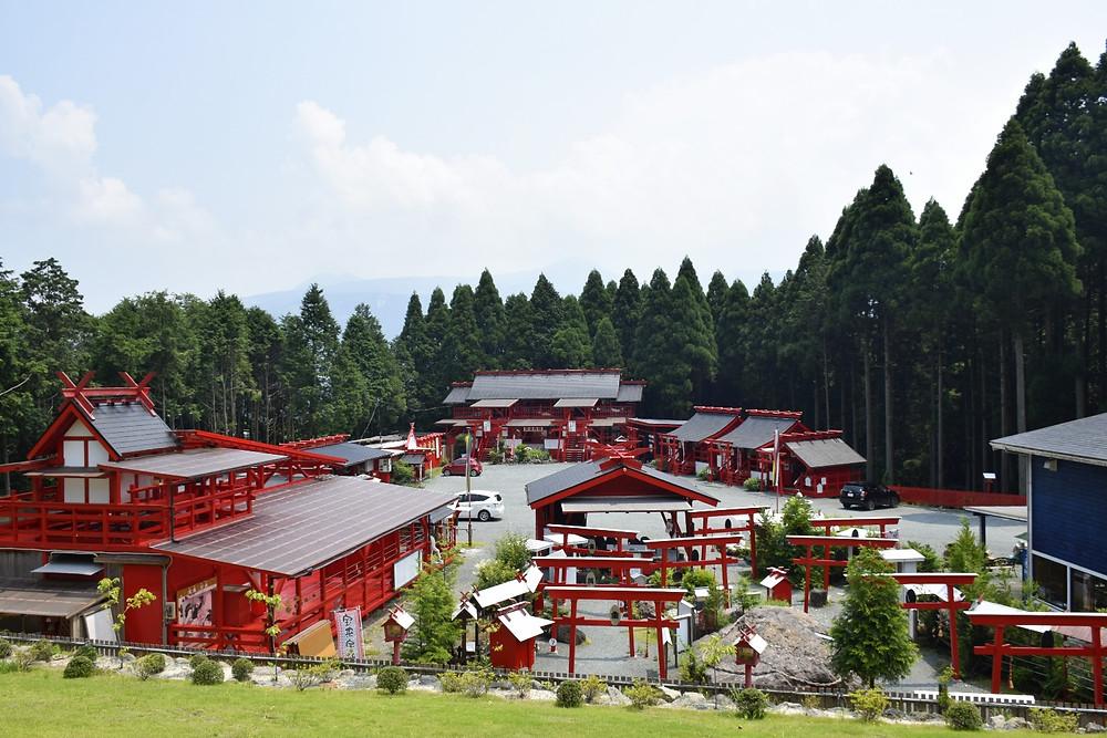 未来樹の丘から見た宝来宝来神社