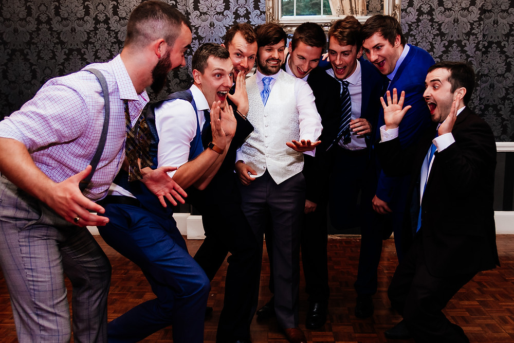 wedding, group shots, quirky group shot, fun group shot, groom, bridal party, groomsmen,
