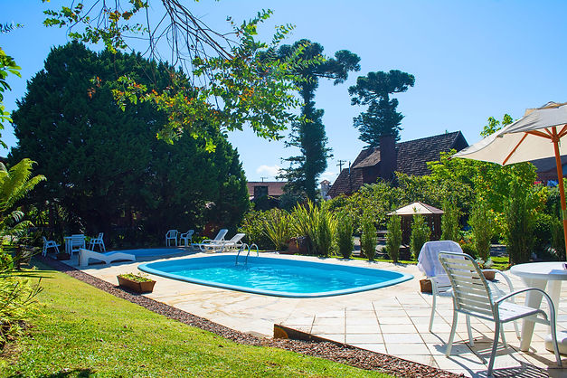 Piscinas   Hotel Canto verde em Gramado RS