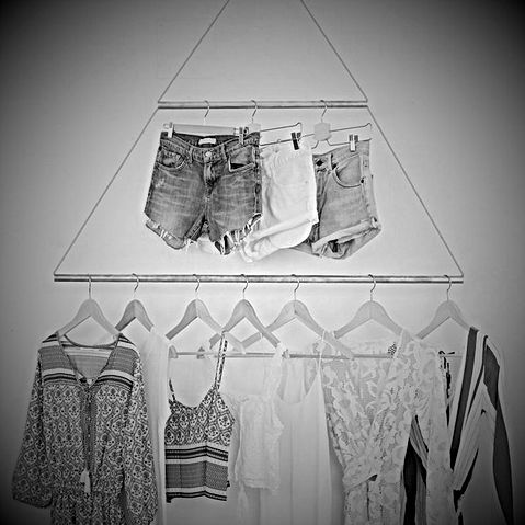 diy-portant-vetements-triangulaire_suspe