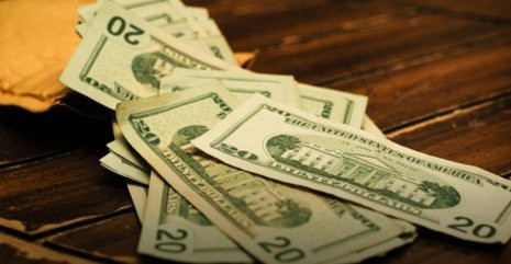 How to save money on student loans