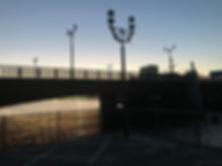 幣舞橋を臨む