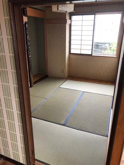 寝室2 和室小(布団2組)