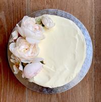 Flourless chocolate & creme fraiche iced wedding cake