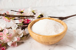 high-angle-mineral-salt-with-flower-besi