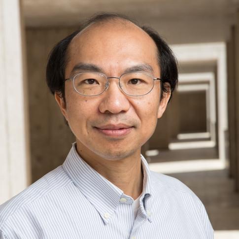 Dr. Yu-Hwa Lo