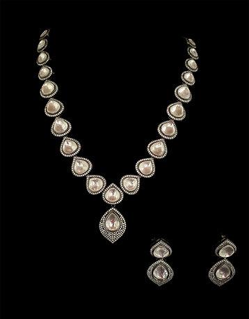 Victorian Gray Pendant Necklace Set
