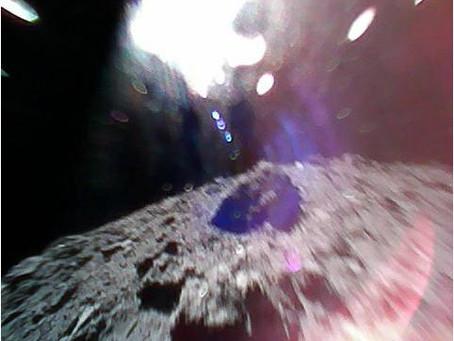 Malgrandaj robotoj sukcese atingis la surfacon de asteroido