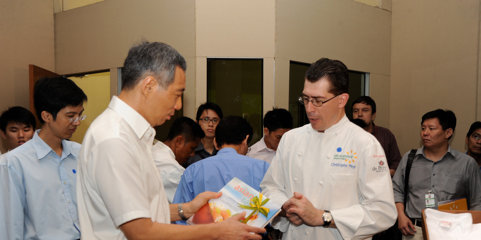 PM Receiving Asian Tapas Book