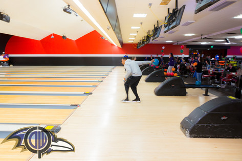 V21 Holiday Bowling Night-35