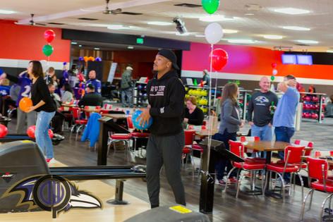 V21 Holiday Bowling Night-36
