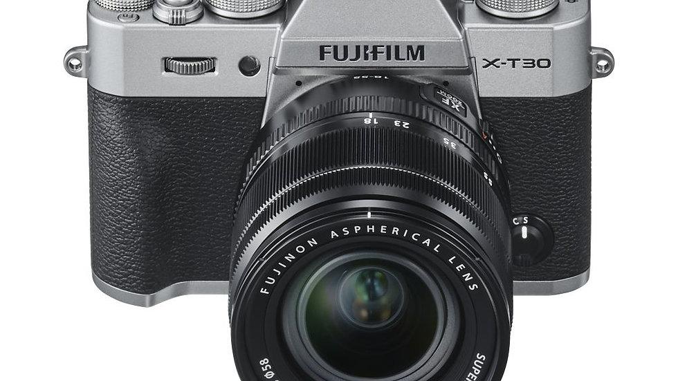 Fujifilm X-T30 Systeemcamera + XF18-55mm f/2.8-4.0 Zilver