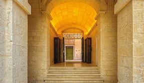 Banking Palazzo-style
