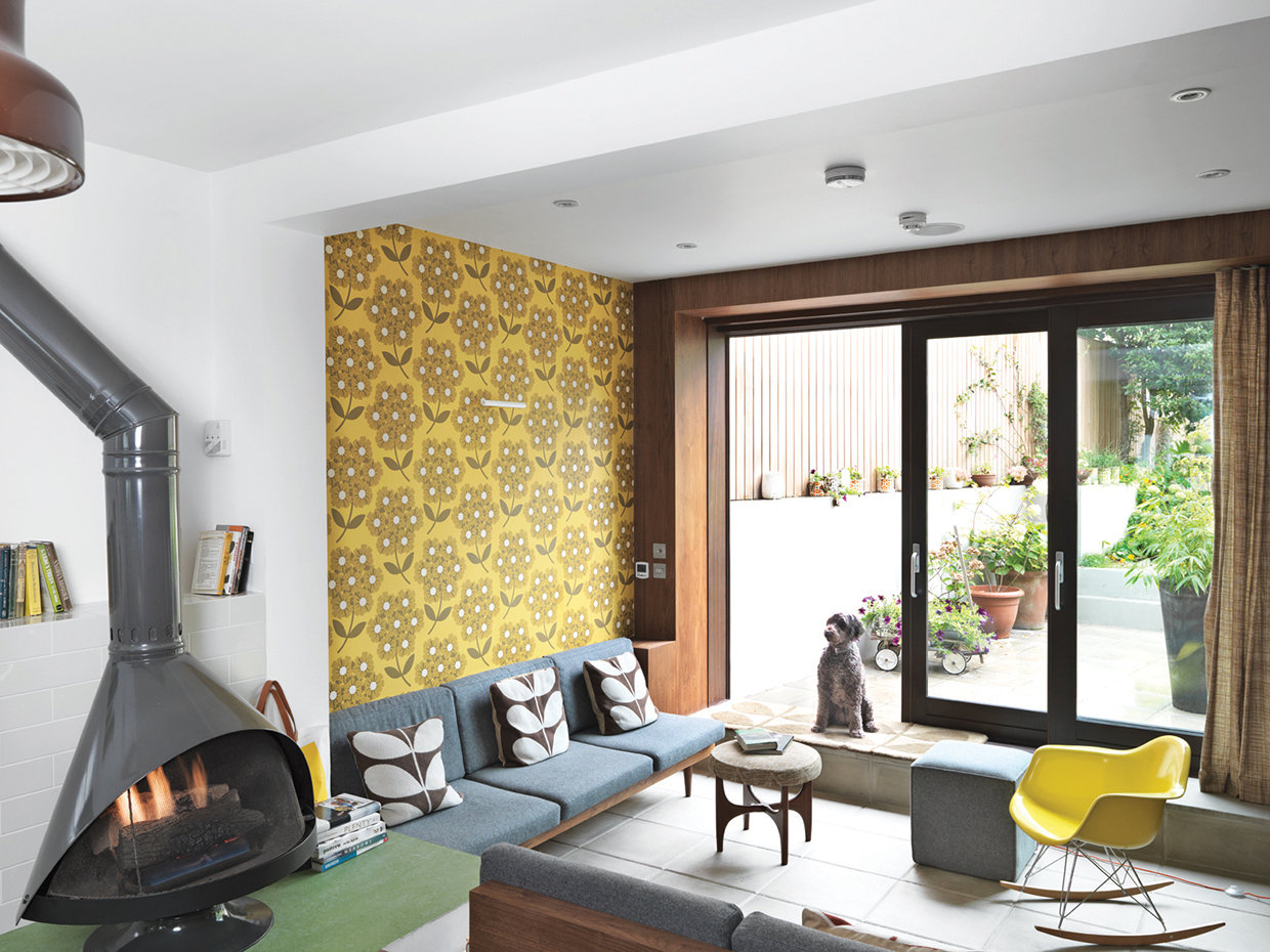 Many of this year's popular looks are a revival of the colourful décor of the twentieth century.