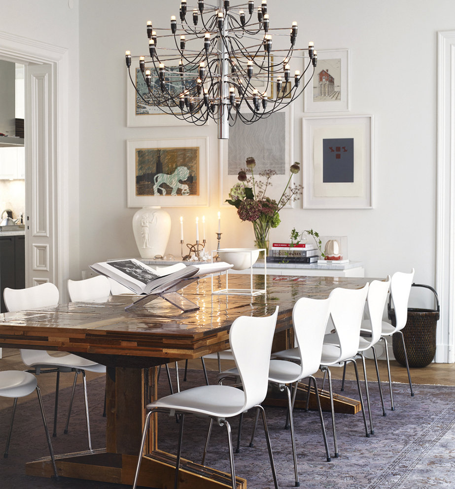 From the chandelier, to the rug and flower arrangement, a room works well when everything is consistent in scale.
