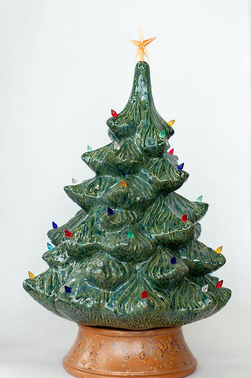 "17"" Christmas Tree (Pre-order)"