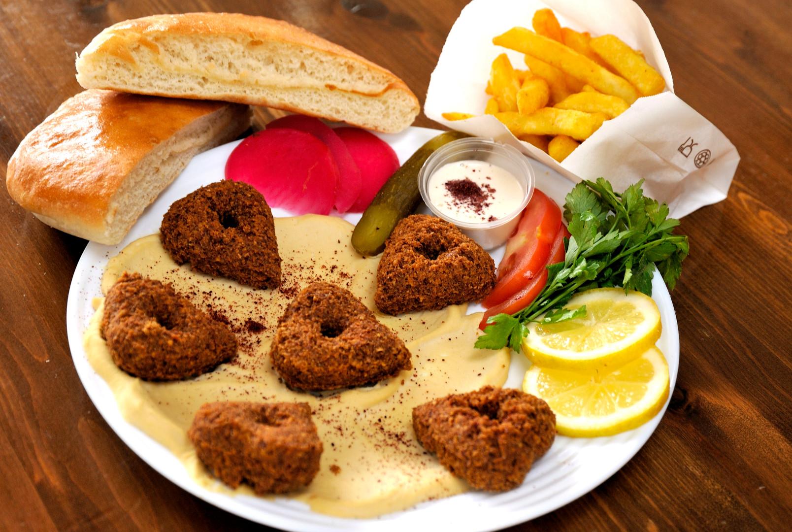 Falafel Platter.JPG