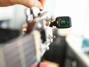 How To Tune A Guitar!