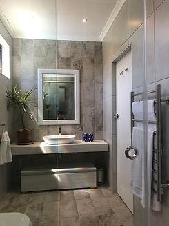 Art Lover's Cottage Bathroom