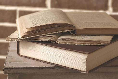 Antique%20Books_edited.jpg