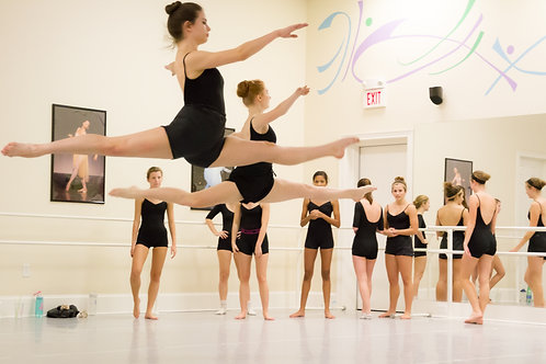 Associates Ballet & Pointe Prep (LIVE)