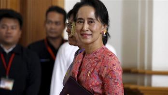 Aung San Suu Kyi : de l'opposition pro-démocratique au Parlement