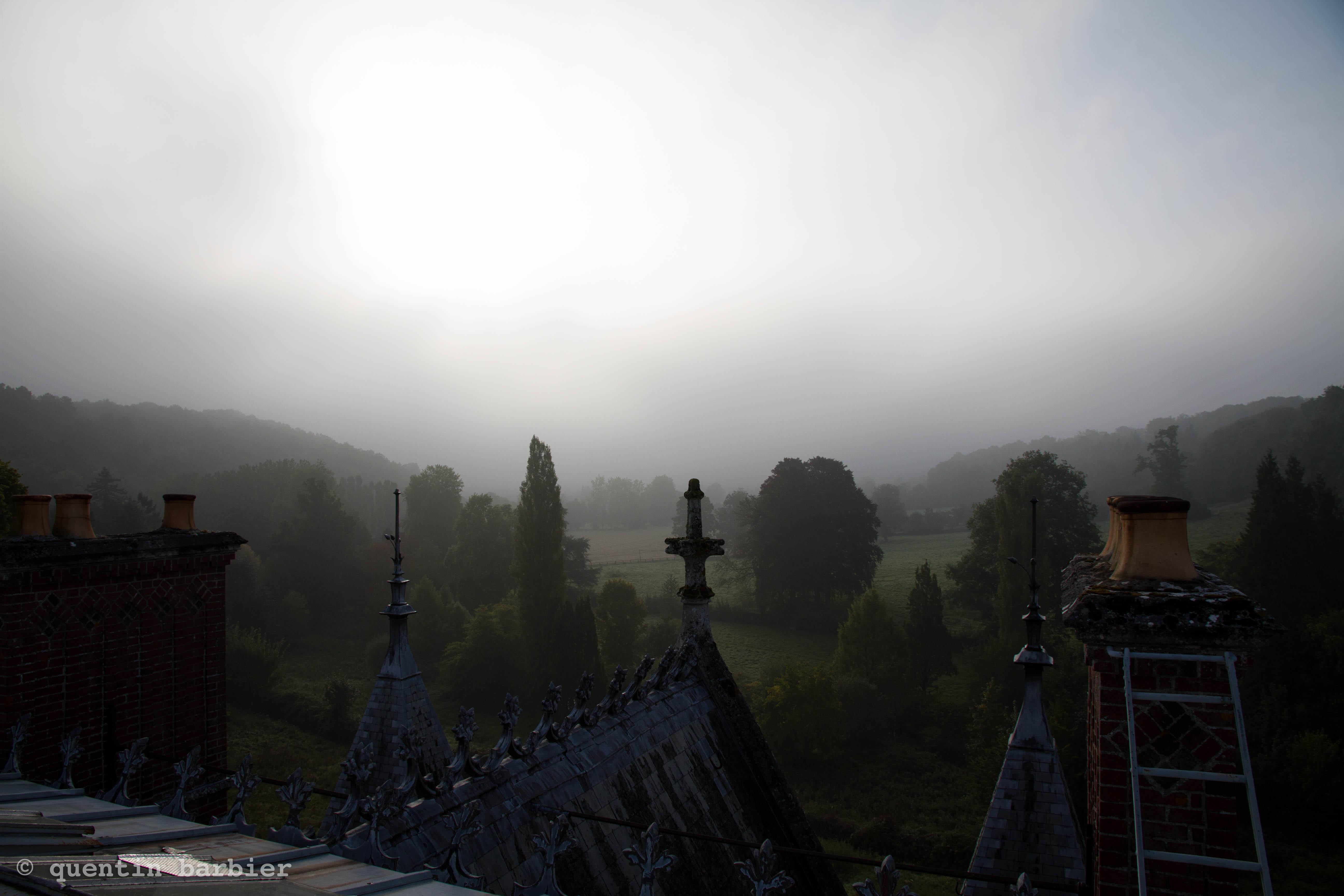 Un Chateau Dans Les Nuages chateau sous les nuages urbex