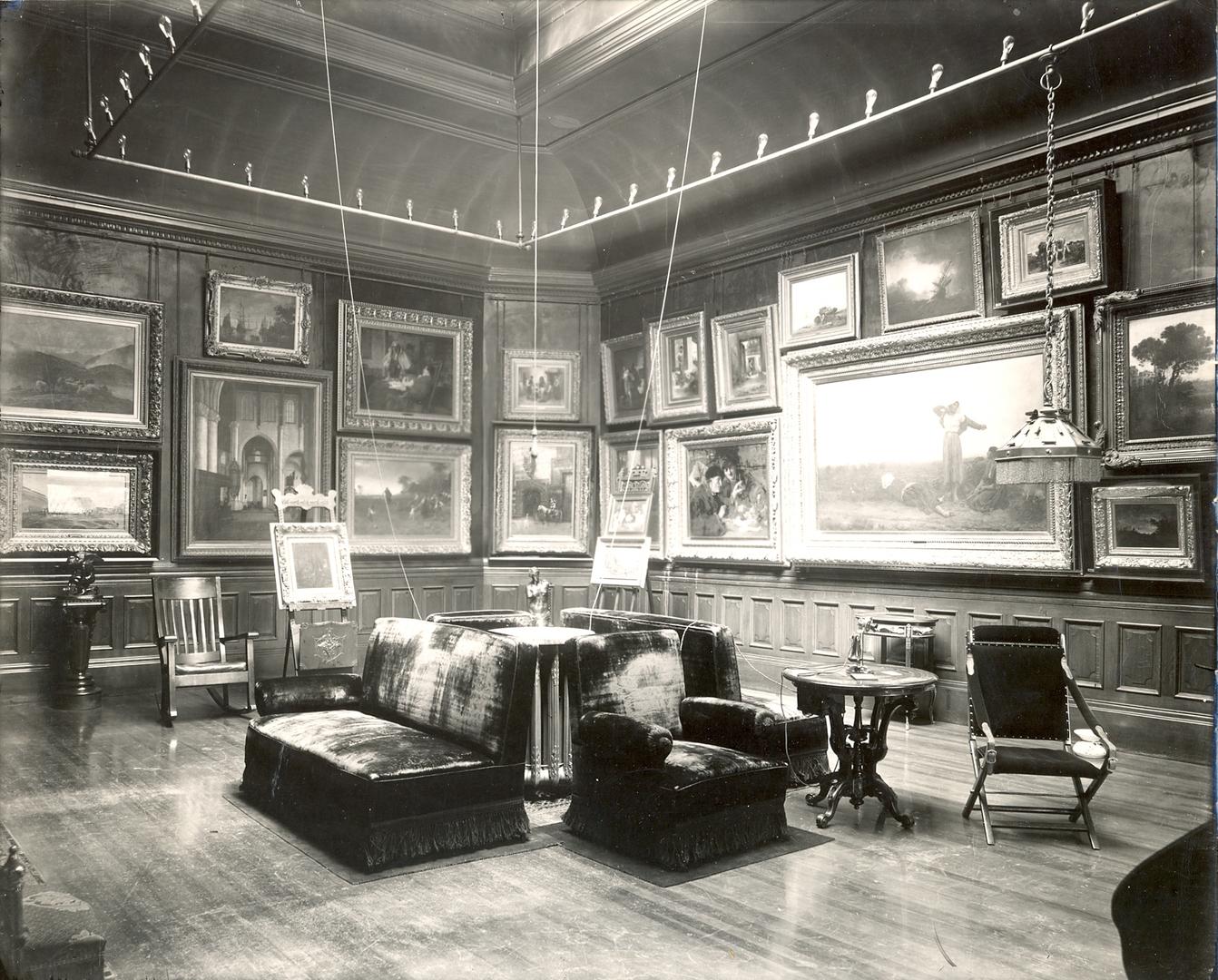 Arnot Gallery